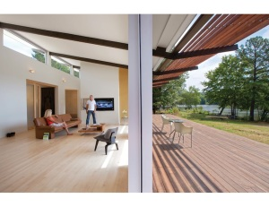 Interior/exterior of the Smart-Stell house. Photo by Todd Lanning.